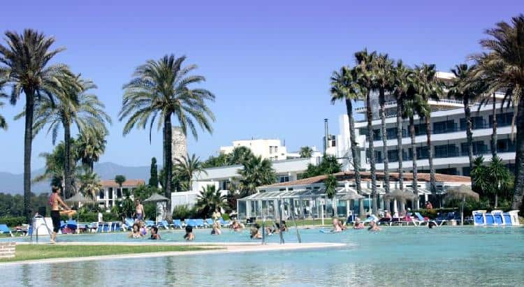 Estepona, capital single en España esta Semana Santa
