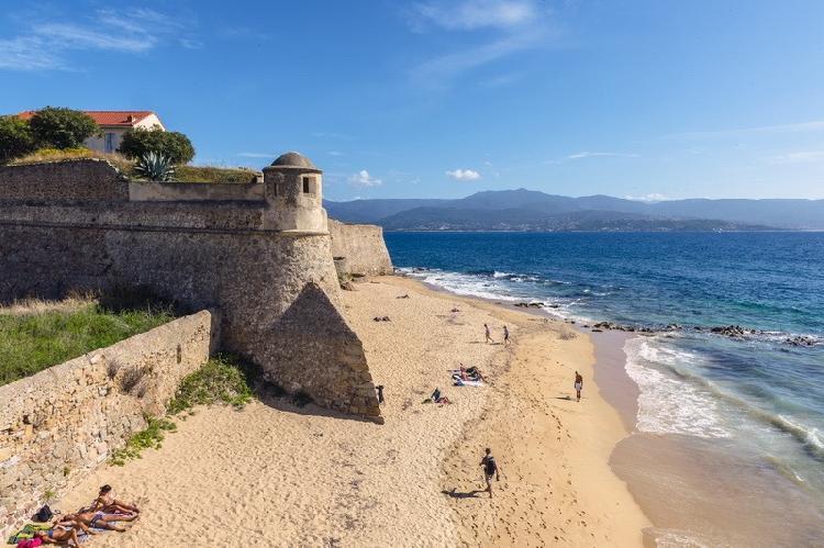 Vive la Semana Santa a bordo de un crucero por el Mediterráneo